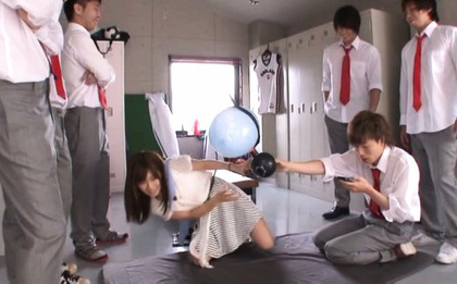 Minami kojima. Minami Kojima Asian takes her clothes off in front of colleagues